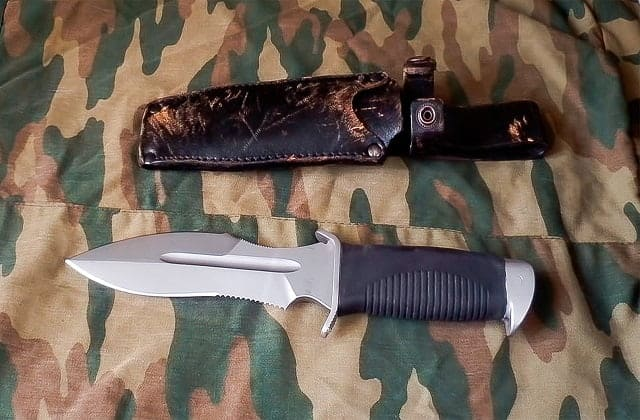 karatel knife