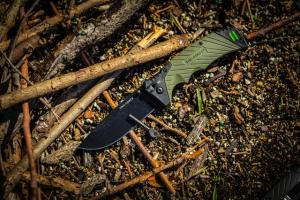 tac-force-spring-assisted-pocket-knife